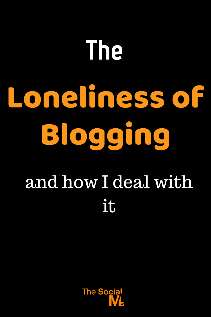 A large part of blogging is working on your own. That can be a great opportunity or become rather lonely. Here is why the loneliness of blogging can be hard - and how to deal with it. #bloggingtips #startablog #blogging101 #bloggingforbeginners